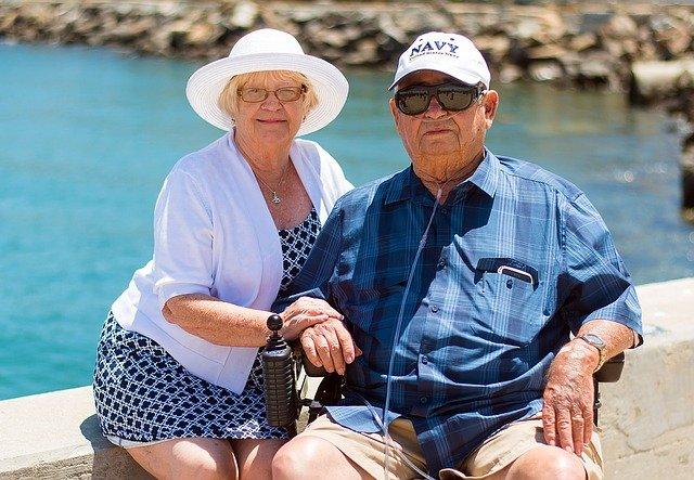 senioři na dovolené
