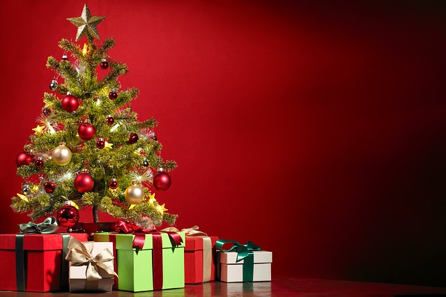 stromek, dárky