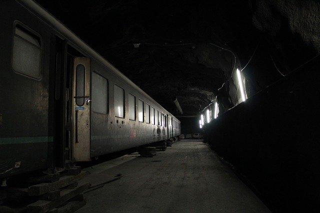 svítící vlak